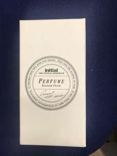 Initial Perfume
