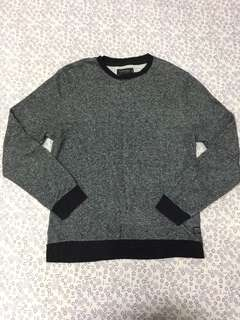 Men's sweatshirt..