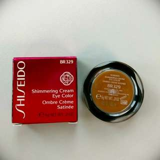 *全新* Shiseido Shimmering Cream Eye Color  眼影膏