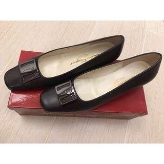 Ferragamo Heels 飛甩雞毛高踭鞋 Size38 (8C)