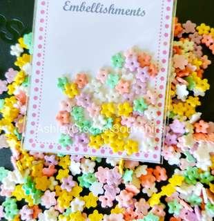 50pcs Flower embellishment