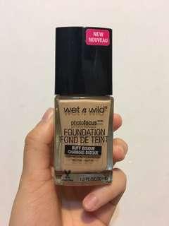 wet n wild photofocus foundation 粉底液自然色