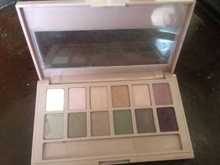 pallet eyeshadow maybelline