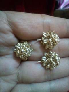 10k earings and rings.set