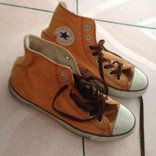 converse orange highcut