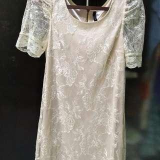 Dress borkat warna BW