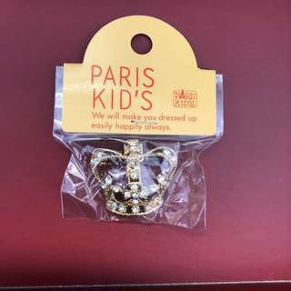 全新 日本 原宿 Paris Kids 銀色 皇冠 閃石 多用途 心口針   實物如圖 購自日本
