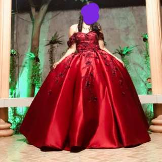 red off-shoulder gown with red flowers 🌹FOR RENT🌹