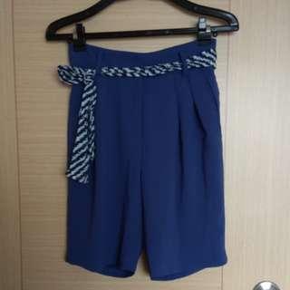 🚚 正韓海藍色雪紡質感五分短褲
