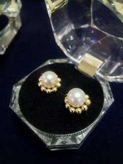 10k handmade pearls