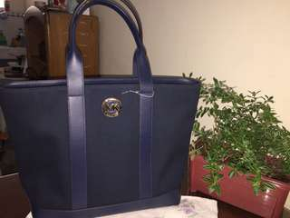 Authentic Michael Kors Fulton Tote bag