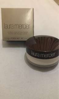 NEW Laura Mercier Translucent Powder