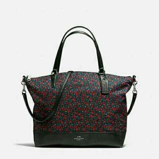 ONHAND! $350 Value! Coach Satchel in Ranch Floral Print Nylon