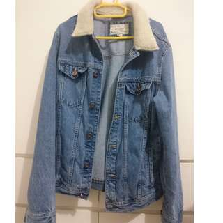 Jaket Denim Pull and Bear Size M