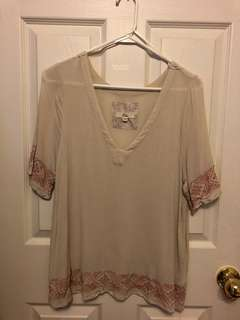Sheer flowy shirt - Size M