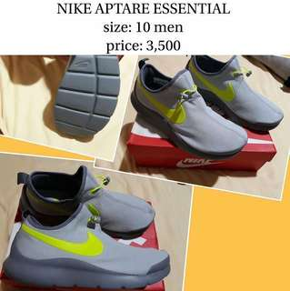 NIKE APTARE ESSENTIAL size 10 (100% authentic)