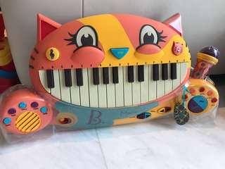 Brand new!! B.Toys - Meowsic Keyboard