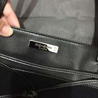 清櫃 YSL hand bag (authentic whit 98new)