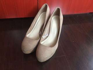 Forever 21 Nude pump wedge