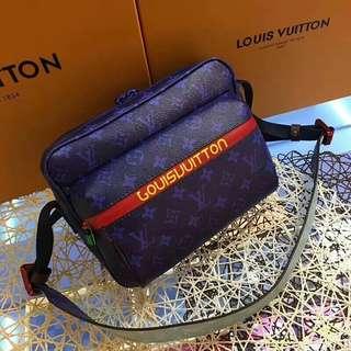 Louis Vuitton Messenger