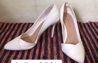 Heels Putih New Look