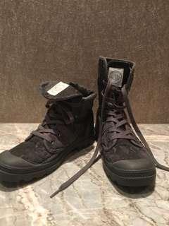 🚚 Palladium 蛇紋靴