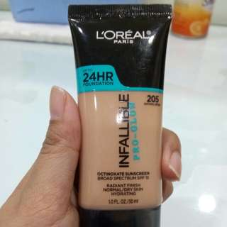 Loreal Infallible Pro-Glow shade 205