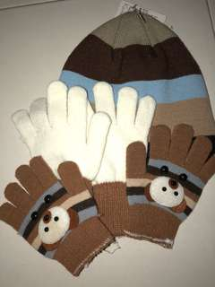 Winter snow cap with gloves