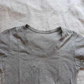 Plain gray round neck shirt