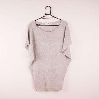 🚚 《9.5成新》寬口袖素面百搭毛衣