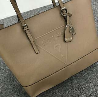 AUTHENTIC GUESS TOTE BAG