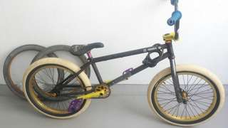 FREE COASTER Bmx        (URGENT) front tire and tube not included unless top up