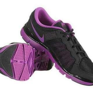 Original Preloved Nike Flex Trainers