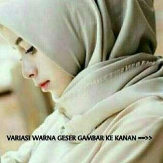 Hijab Saudia Rawis Segi Empat