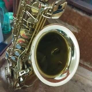 Yamaha Saxophone YAS-32 Intermediate Model sax with 2 Jazz Mouthpiece