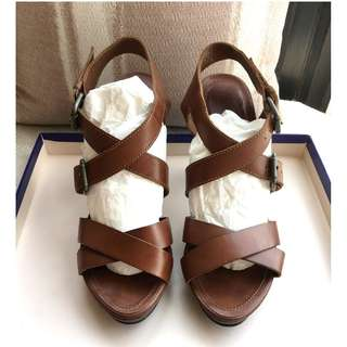 Massimo Dutti   leather sandals shoes   ***Size 39***