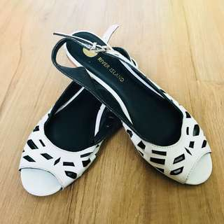 River Island Sandals (Size 5)