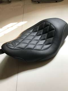 Harley Mustang Solo seat