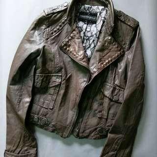 🚚 深灰棕真皮衣設計款鉚釘夾克