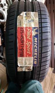 Michelin 225/45/17