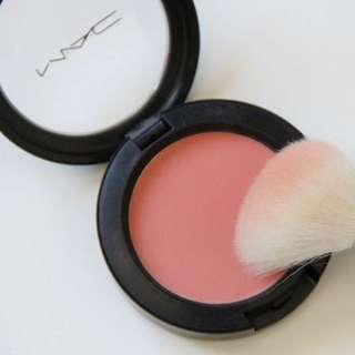 Mac Blush // Melba