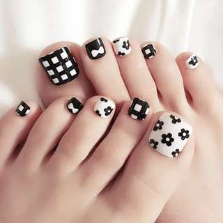 2018 new finished nail 24 boxed feet fake nails black flower finished nail patch j30