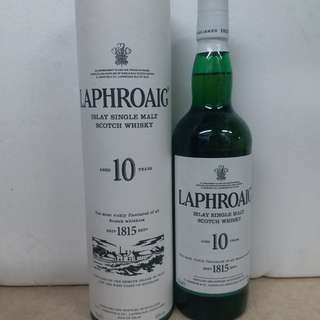 Laphroaig 10y Islay single malt scotch whisky 700ml