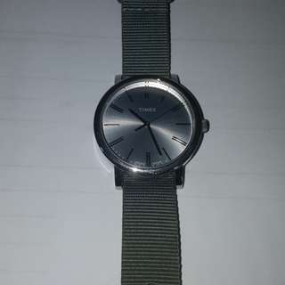 Men's Timex watch, with 2 exchangeable straps