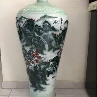 Standing vase for sale