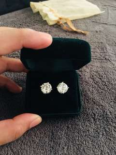 US 925 Diamond bought in US
