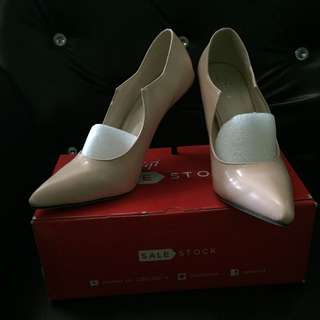 New Sale Stock Heels Nude Pink