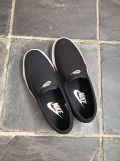 Nike Slip Ons (AUTHENTIC)