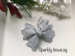 Handmade Grosgrain Ribbon Silver Spikes hairbow/ hair clip/ hair bow/ hairclip/ hairtie/ headband