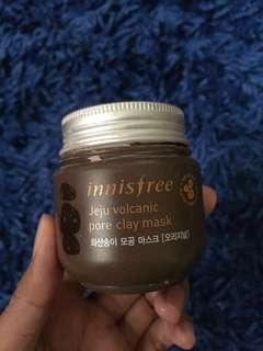 Jeju volcanic pore clay mask